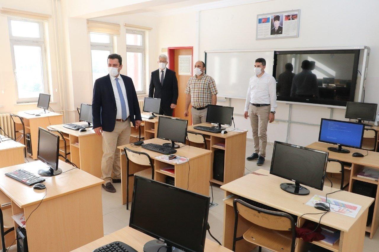 Milli Eğitim Müdürü Savaşçı, İlçe okullarında İncelemelerde Bulundu
