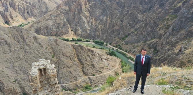 ' Divriği'nin muhteşem manzarası Cam Seyir Teras ile izlenecek