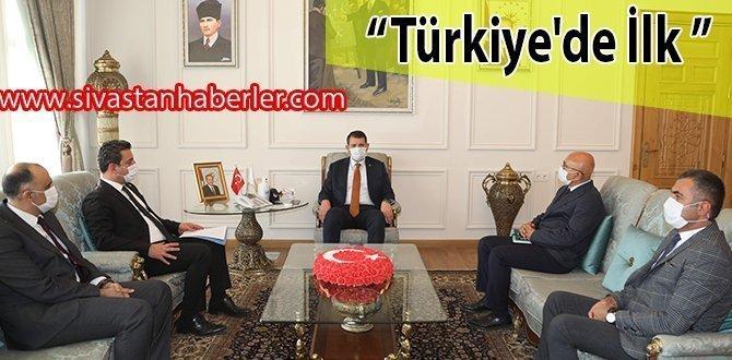 """""""Türkiye'de İlk"""""""