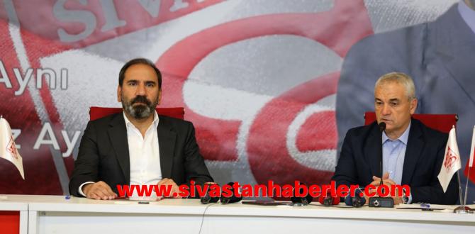 Yeni Sezonda Rıza Çalımbay Sivasspor'da