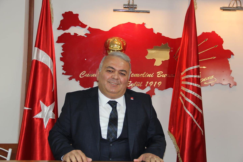 """""""Atatürk'ü sevmek cesaret ister"""""""