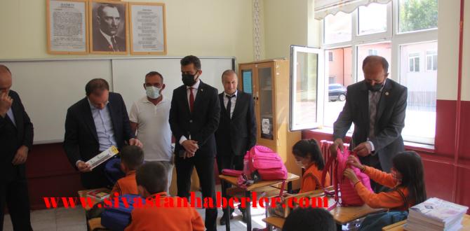 Köy okullarına Kırtasiye Desteği